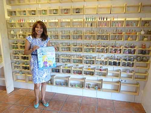 Cristina Echenique de Abalorios Alcorcón Diseño puro en C/Parque Bujaruelo 37 te despierta tu lado más original con un montón de planes.