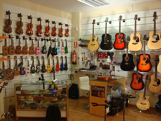 Musicopolix está en Alcorcón desde hace bien poco, para despertarnos el amor por la música.