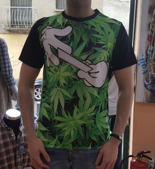 Camisetas para él. Diseños chulísimos.