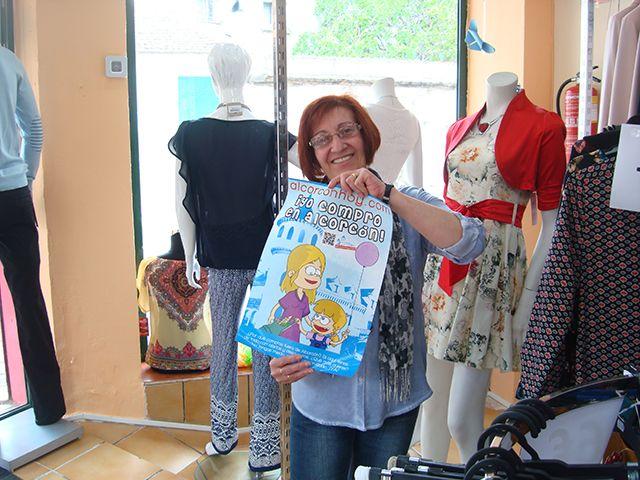 Julia de Factory shop en C/ Arboleda 1, junto a C/ Mayor, te da las gracias por dejarte hacer sonreír
