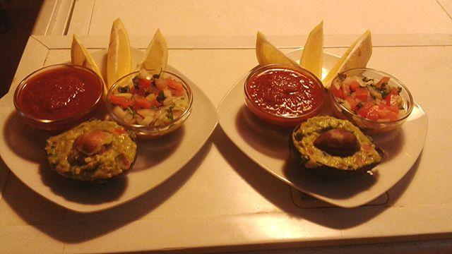 Salsas pico de gallo, guacamole y salsa diablo