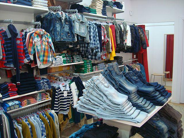Rebajas en tienda de ropa infantil Alcorcón