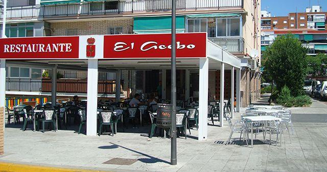 Restaurante con terraza cubierta en Alcorcón