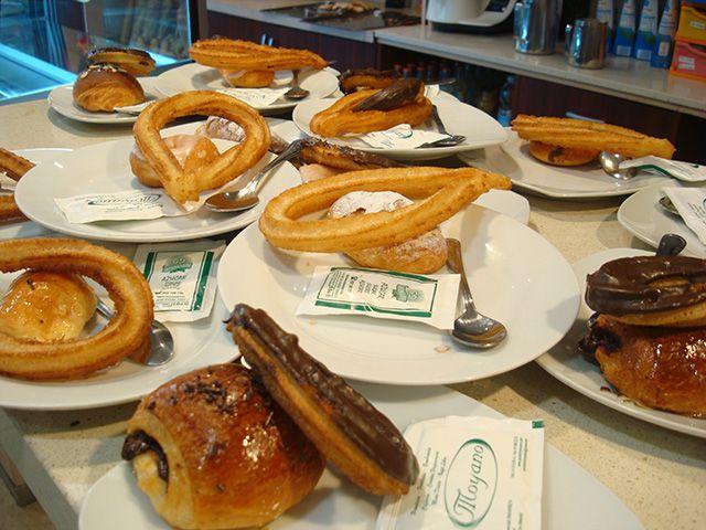 Pastelería Moyano un sitio de toda la vida en Alcorcón