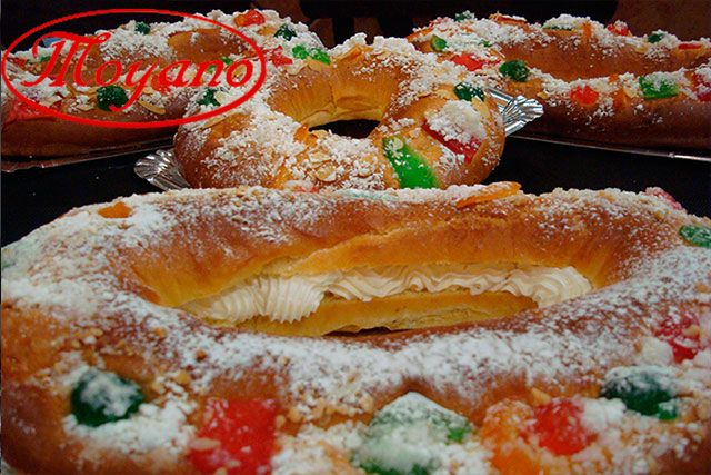 Roscónde Reyes en Pastelería MoyanoAlcorcón