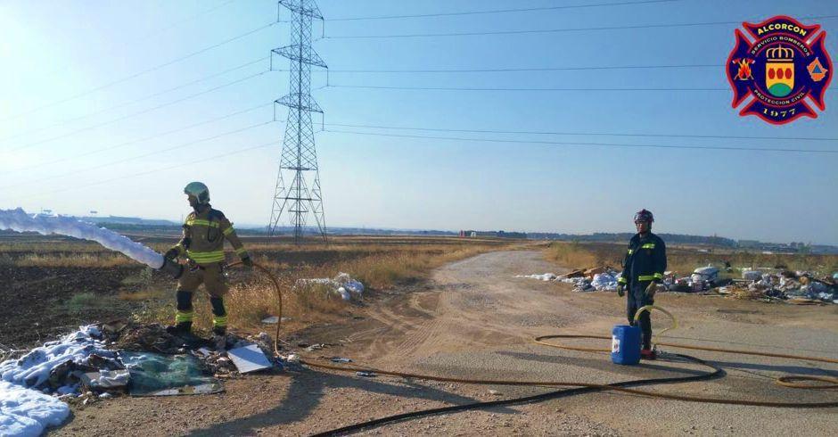 Los bomberos de Alcorcón extinguen un incendio