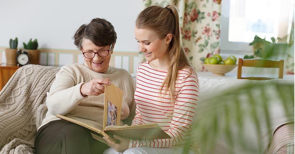 Convive Programa de convivencia intergeneracional