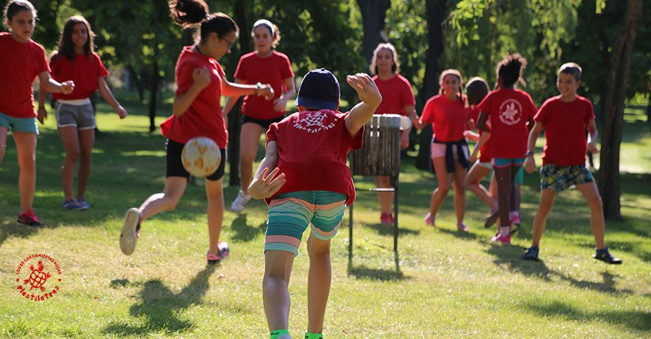 Las Camisetas Rojas Campamentos
