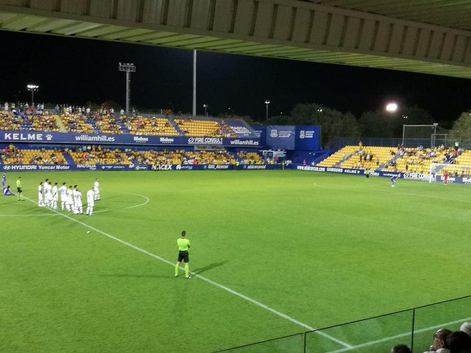 Ximo Miralles y Romera dan el Trofeo Puchero al Alcorcón desde el punto de penalti