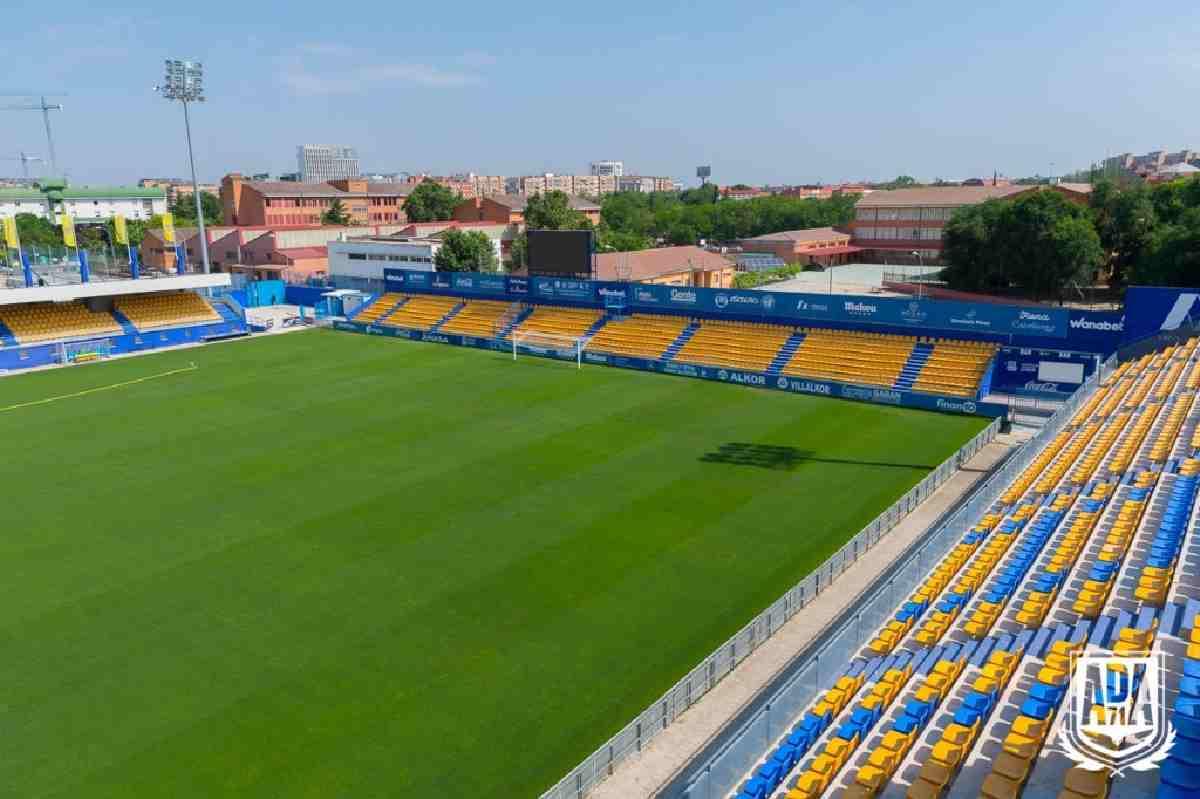 Lo mismo sucederá con otras actividades deportivas. El Alcorcón jugará a puerta cerrada las dos próximas jornadas por el coronavirus.