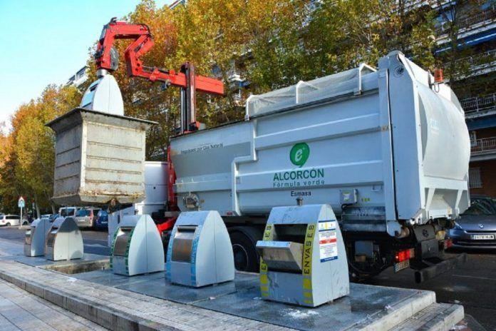 Alcorcón restringe los horarios para depositar residuos