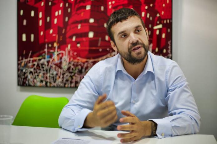 Jesús Santos: Podemos va a apoyar cualquier iniciativa que plantee una alternativa al Partido Popular