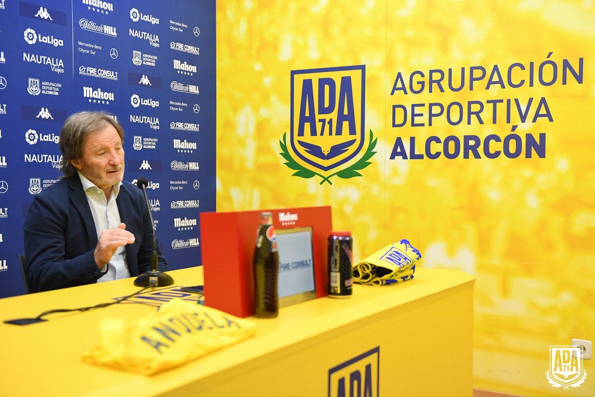 """Anquela: """"Costó sangre y sudor que el Alcorcón estuviera en Segunda y debemos conservarlo"""""""