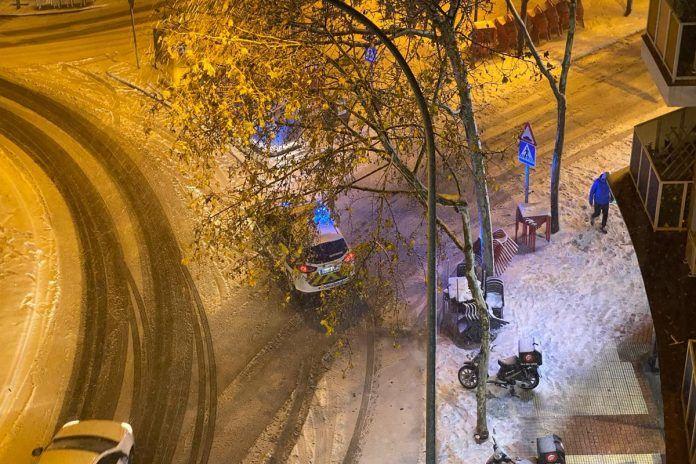 Importantes cortes de tráfico en Alcorcón y la M-40 por la nieve