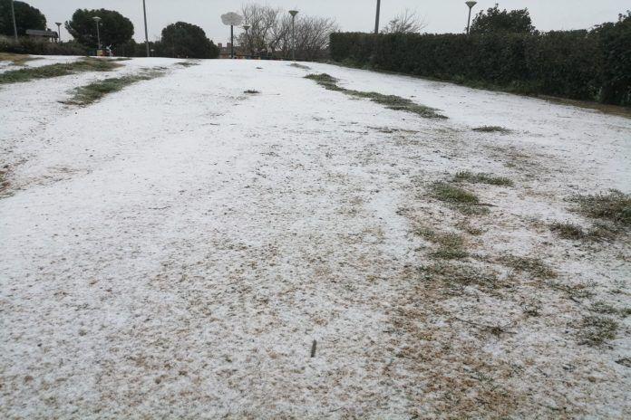 Empieza a nevar en Alcorcón