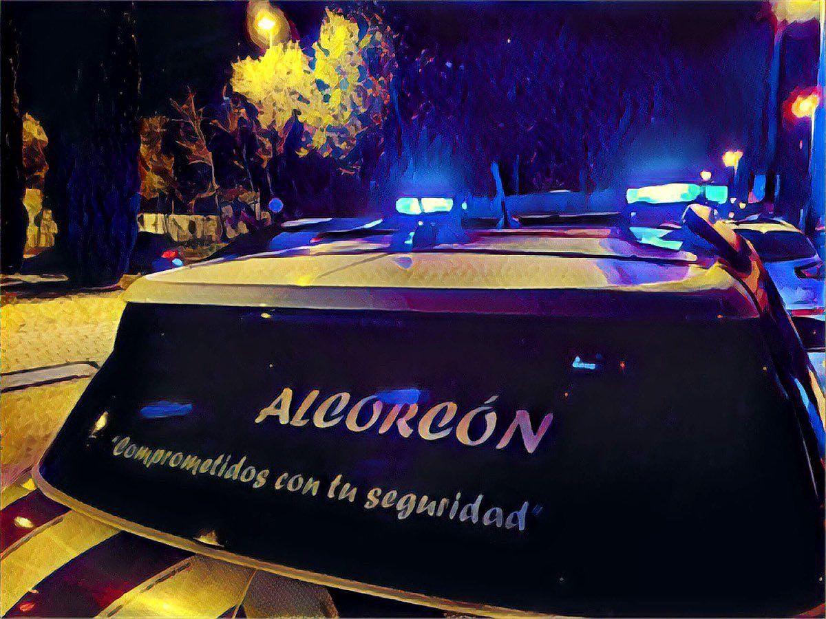 Robo con fuerza, incendio en un garaje y un fallecimiento este fin de semana en Alcorcón.