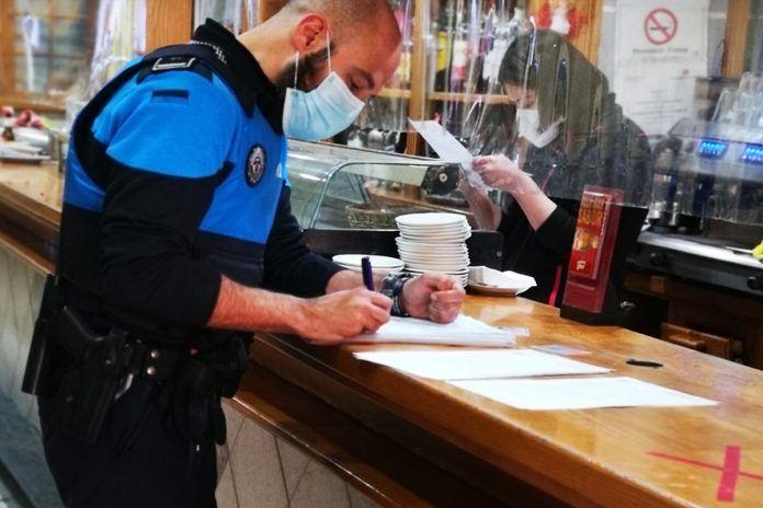 Denuncian las condiciones de higiene de un bar en Alcorcón