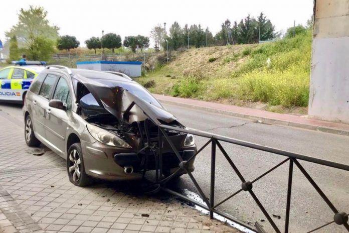 Espectacular accidente de tráfico en Alcorcón