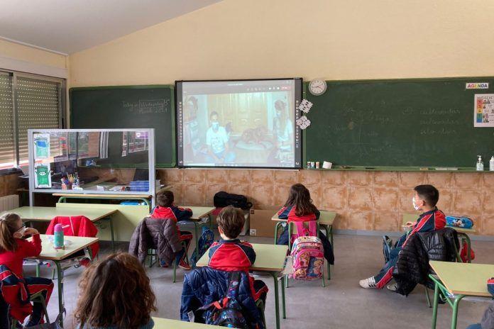 El Colegio Amanecer lanza un proyecto pionero con animales en Alcorcón