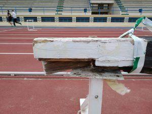 Cancelan varias competiciones en Alcorcón por el mal estado de la pista de atletismo