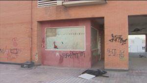 """Tensión con unos okupas en Alcorcón: """"En vez de tanto grabar, dadnos una casa"""""""