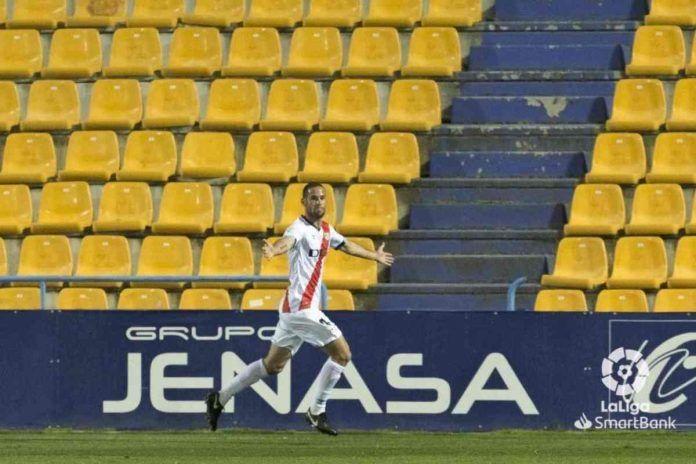 Alcorcón 0 – 3 Rayo Vallecano/ Los errores defensivos condenan al Alcorcón