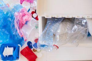 Una exposición de objetos reciclados incentiva la creatividad en Alcorcón