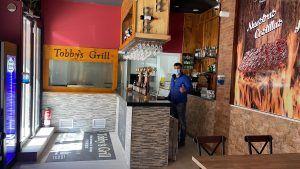 Reabre Tobby's Grill en Las Retamas: hamburguesas, costillas y carne a la parrilla en Alcorcón