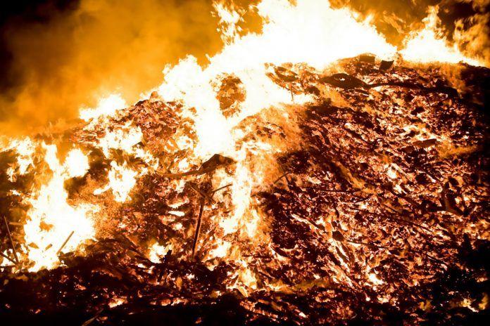 Fuerte olor a quemado en Alcorcón por un incendio en Villaviciosa de Odón