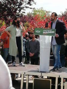"""Monasterio y Abascal, en Alcorcón: """"Aquí hay locales okupas protegidos por el Ayuntamiento"""""""
