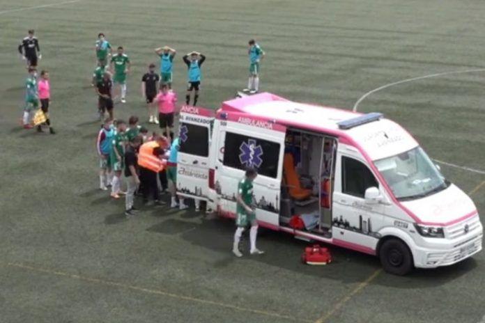 El futbolista Carlos Monzón, en la UCI tras una grave caída en el Alcorcón B – Pozuelo