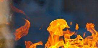 Incendio en una carretera cercana a Alcorcón