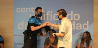 Antonio Ruiz se reencontró con los policías de Alcorcón que le salvaron la vida