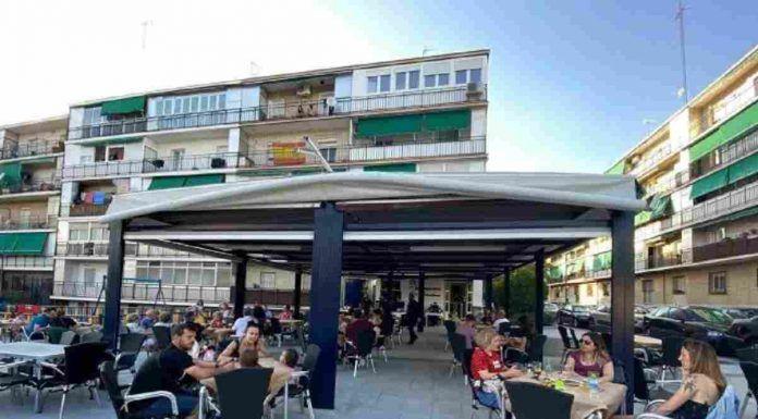 Una terraza para disfrutar todos en la Plaza del Sol de Alcorcón