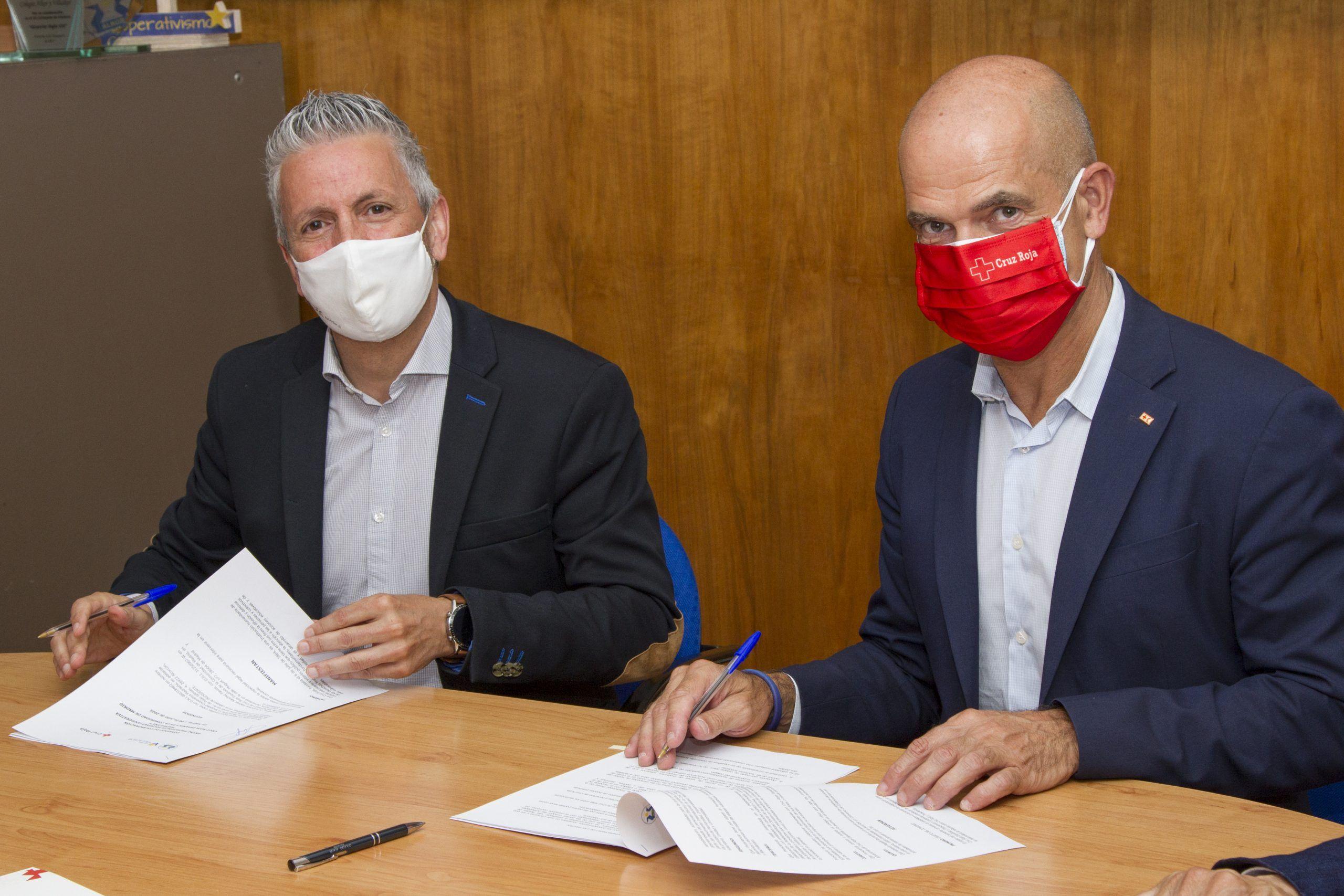 Los colegios de Alcorcón Alkor y Villalkor firman un convenio de colaboración con Cruz Roja