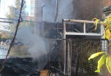 Impresionante incendio en dos viviendas de Alcorcón