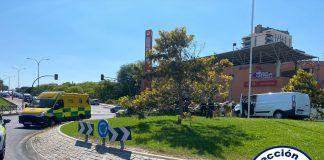 Un conductor pierde el conocimiento y se accidenta en Alcorcón