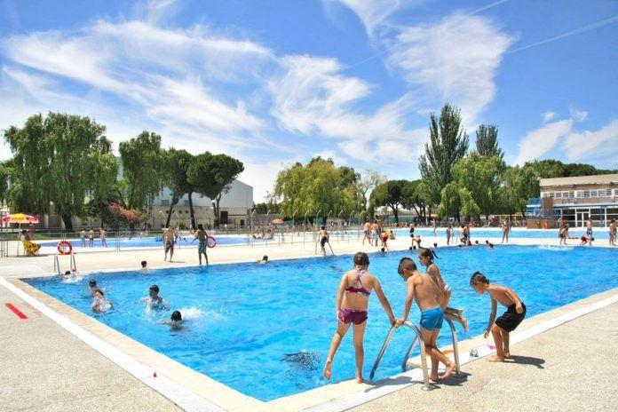 Más Madrid denuncia el cierre de la piscina de Santo Domingo en Alcorcón