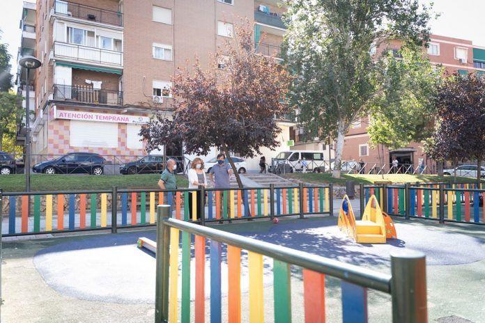 Alcorcón renueva los juegos infantiles en los parques del municipio