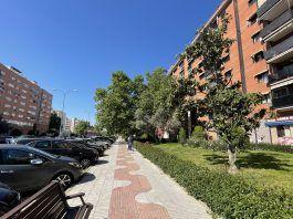 Alcorcón instala topes de rueda en sus aparcamientos