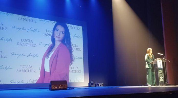 Exitosa presentación del libro 'Siempre fuertes' en Alcorcón