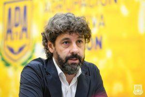 Iván Bravo, el dueño del Alcorcón, de visita en la ciudad ante la crisis del club